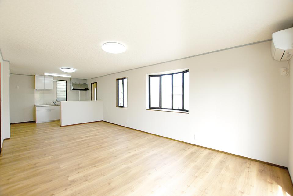 東栄フルリフォーム住宅 1階:LDK20帖