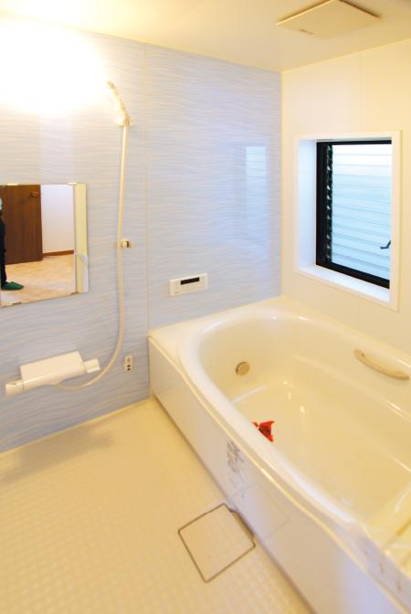 東栄フルリフォーム住宅 浴室